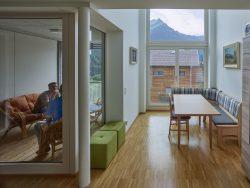 016_wohnhausanlage-st.gallenkirch_staatspreis-fuer-architektur-und-nachhaltigkeit-2017_DORNER-MATT- ARCHITEKTEN__by_kurt-hoerbst_155524