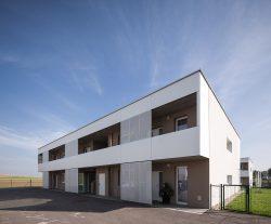 Wohnhausanlage Ladendorf NÖ von g.o.y.a. Architekten___©_KURT HOERBST 2013