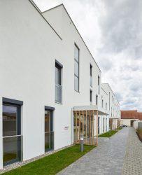 Wohnhausanlage Himberg von WERKSTATT GRINZING___©_KURT HOERBST 2015