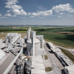 Zementwerk LAFARGE (Ungarn) von MHM Architekten___©_KURT HOERBST 2013