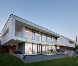 Haus B. / Neumarkt_ArchitekturWerkstatt Haderer___©_KURT HOERBST 2012