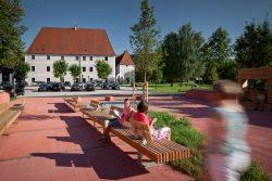 Dorfplatz Zeillern NÖ _nonconform architektur___©_KURT HOERBST 2011