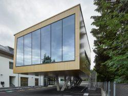 015_raiffeisen-kompetenzzentrum-freistadt_pointner-pointner-architekten_by_kurt-hoerbst_184253