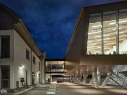 020_raiffeisen-kompetenzzentrum-freistadt_pointner-pointner-architekten_by_kurt-hoerbst_210459