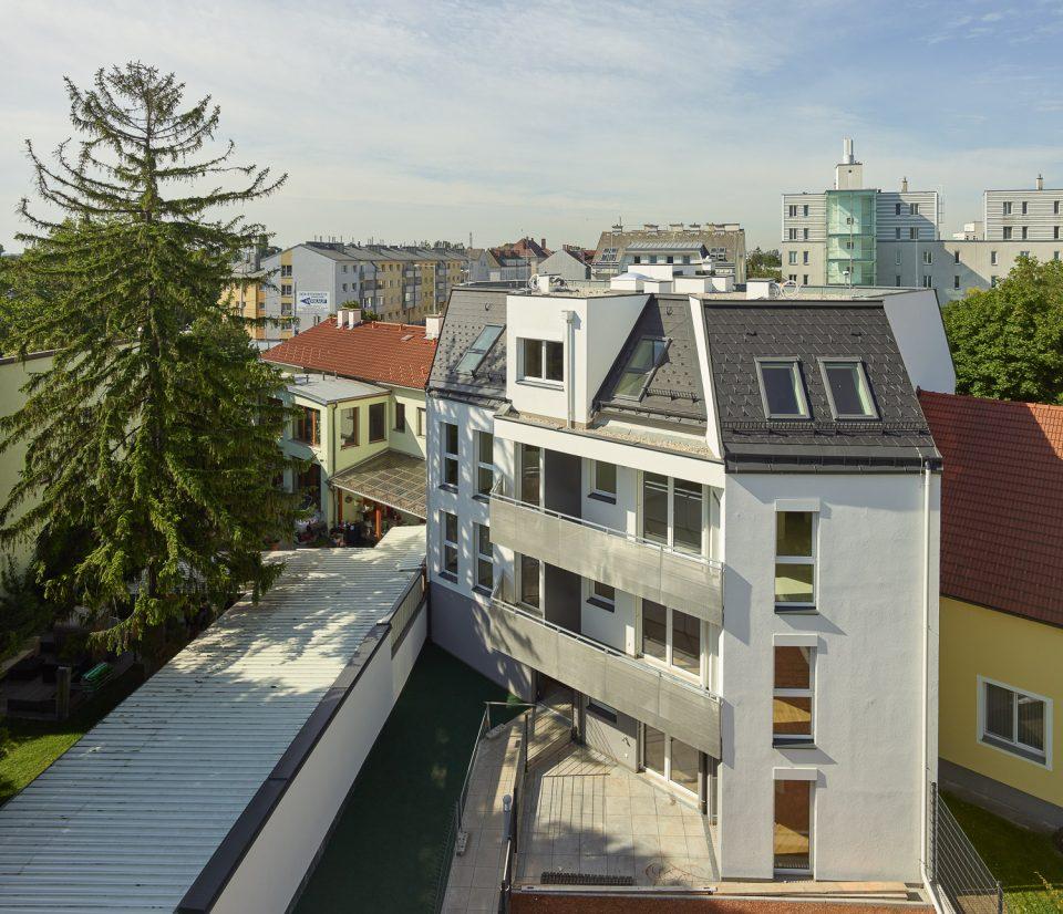 007_wohnhaus-aspernstrasse-wien-2018_wga-zt_by_kurt-hoerbst_081807