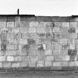 sachsenhausen, camp-wall