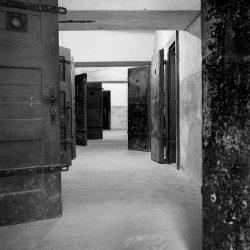 theresienstadt, doors to single-cells