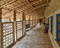 Anandaloy: Centre for PwD + tailoring workshop_Studio Anna Heringer___©_KURT HOERBST 2020