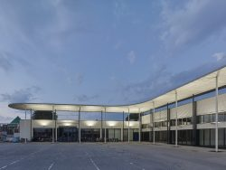 Fachmarktzentrum Hornerstraße von WGA ZT___©_KURT HOERBST 2020