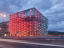 Ars Electronica Center_Architetkruführer Linz___©_KURT HOERBST 2021