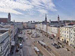 Hauptplatz_Architetkruführer Linz___©_KURT HOERBST 2021