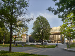 Musiktheater_Architetkruführer Linz___©_KURT HOERBST 2021